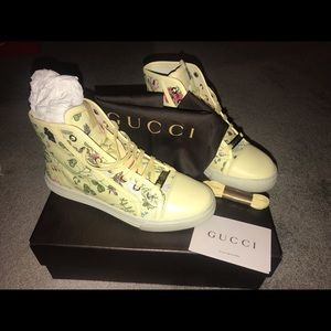 Gucci yellow floral